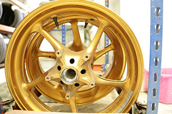 00-custom-alloy-wheel-repair.jpg