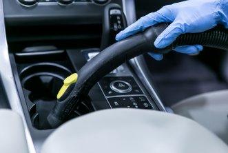 03-car-detailing-interior-vacuuming.jpg